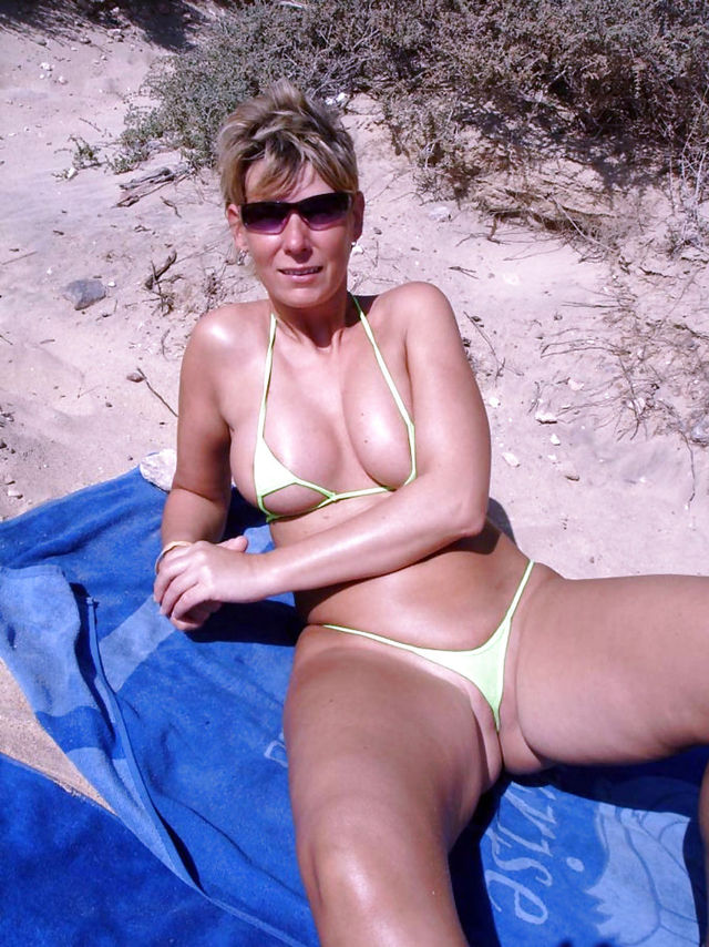 mature sexy gallery mature galleries show sexy ladies clothed