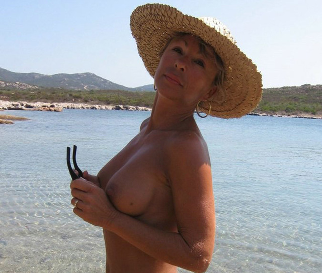 mature sexy gallery mature wife hot sexy posing