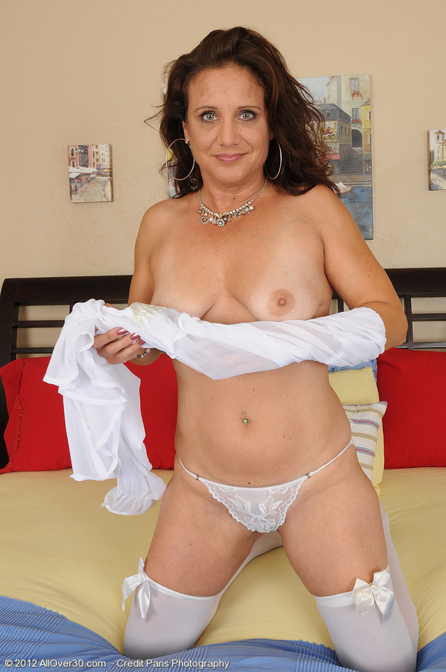 mature sexy gallery mature porn milf over stockings all sexy white looking lace chane