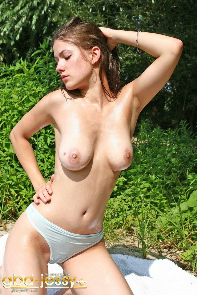 older woman escorts