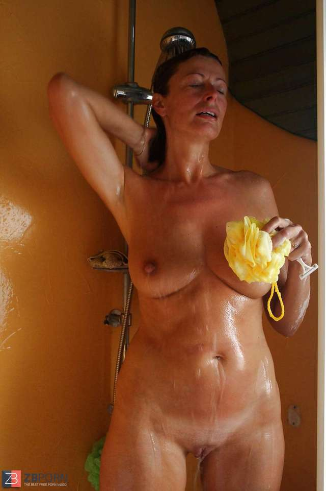 mature shower porn mature albums main showers french lydie