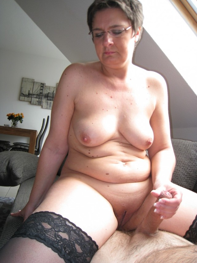 mature slut photos mature media slut