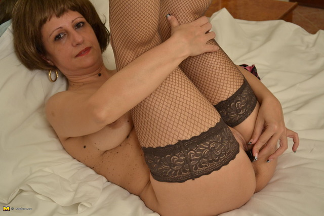 mature slut photos mature pictures free track affiliates