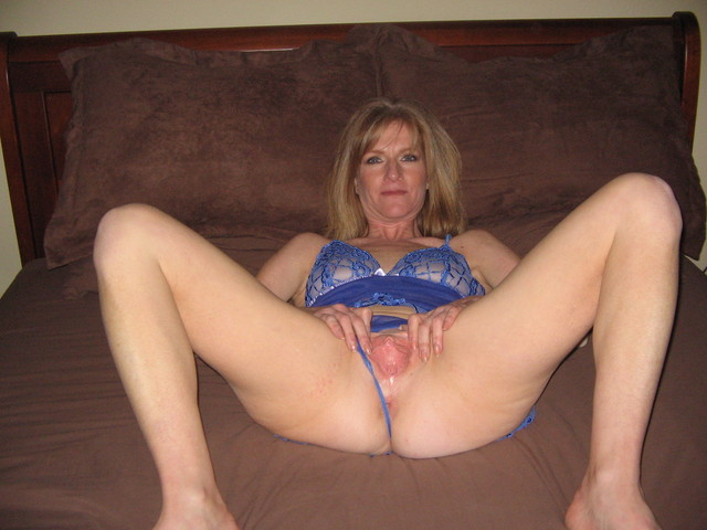 mature sluts photos aed dev