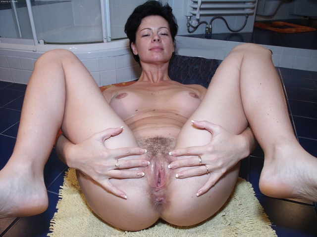 mature sluts pictures page