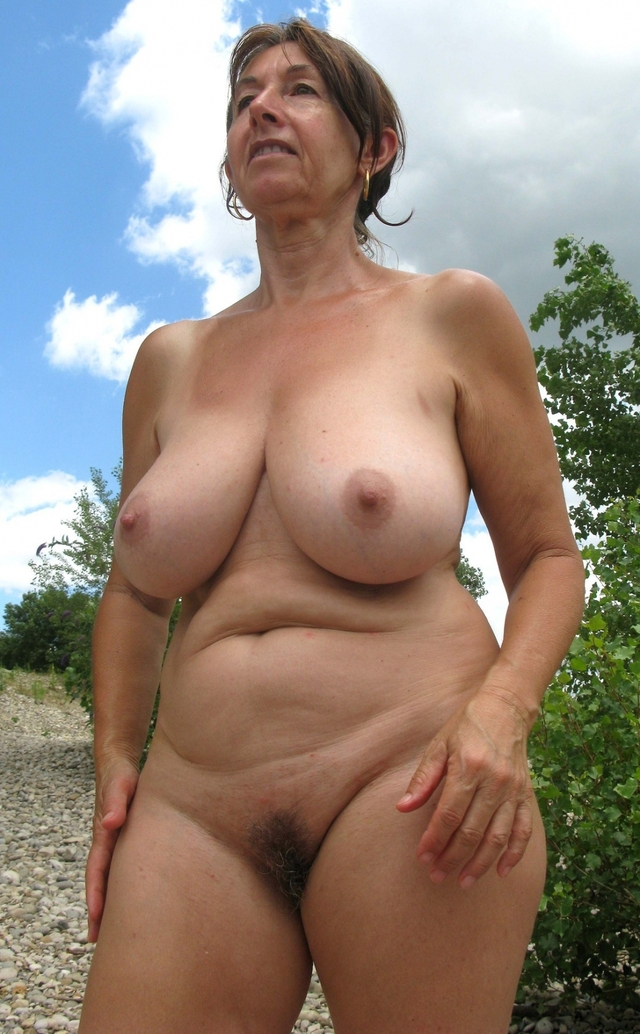 mature sluts pictures amateur mature sluts