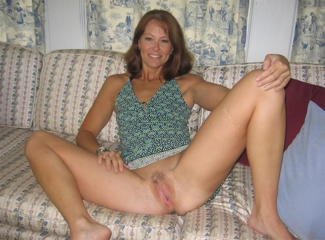 mature spreading porn pics pics galleries wife photo spreading legs beautiful showing