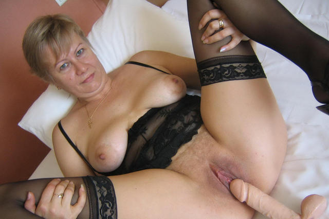 mature spreading porn pics mature porn ass milf photo spreading legs showing