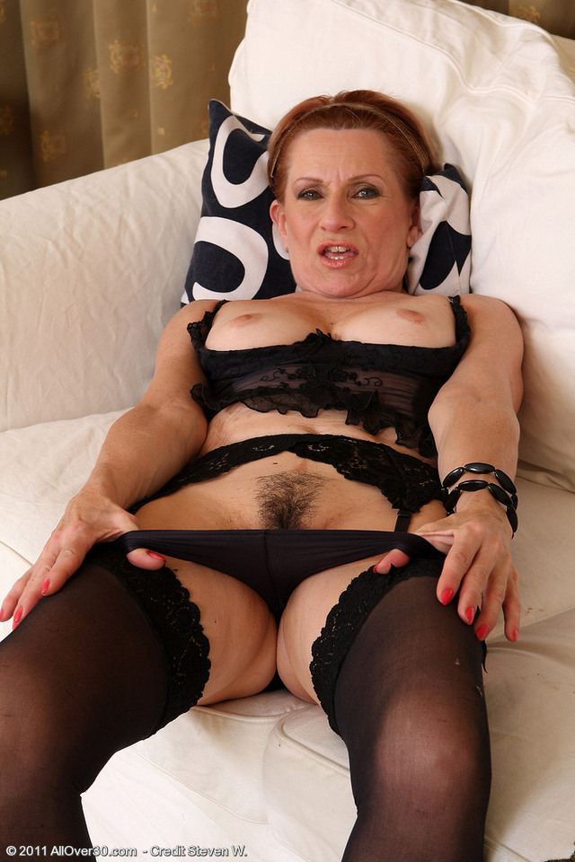 Тетки в белье порно фото 84725 фотография