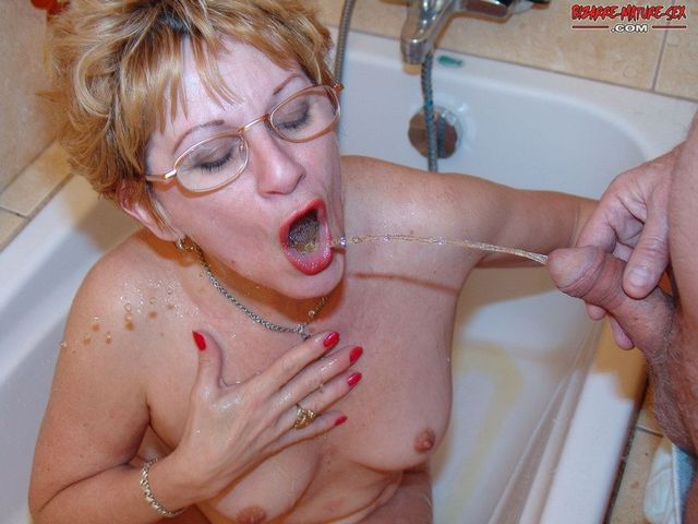 mature tits galleries mature photos piss tits bcf natural dde