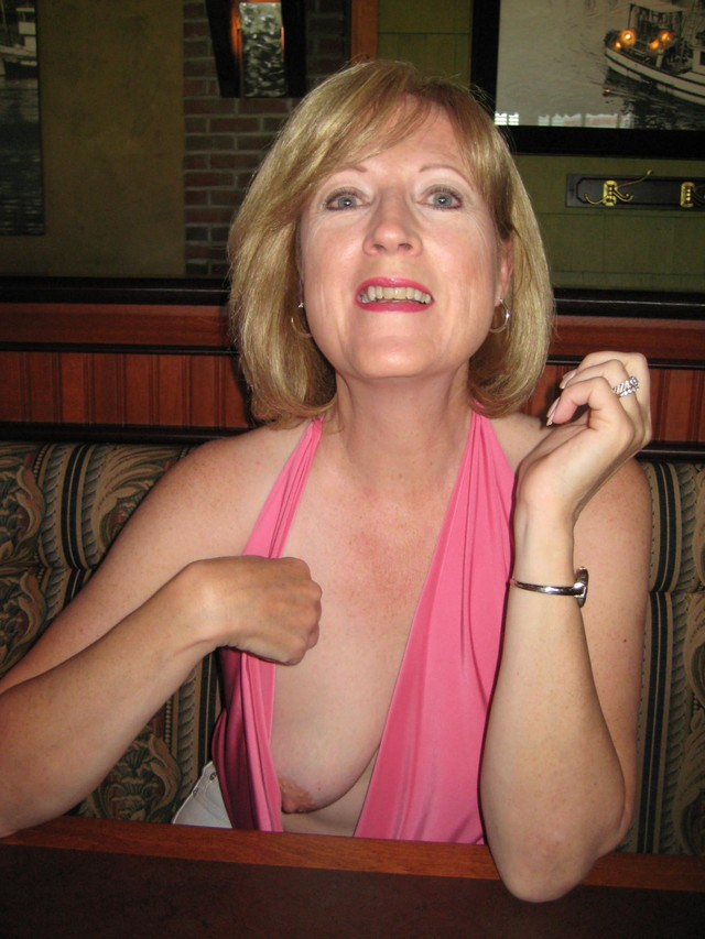 mature tits gallery dev