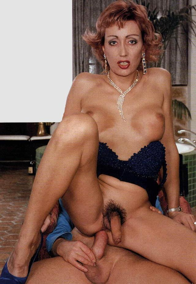 from Rodolfo mature tranny sex pics