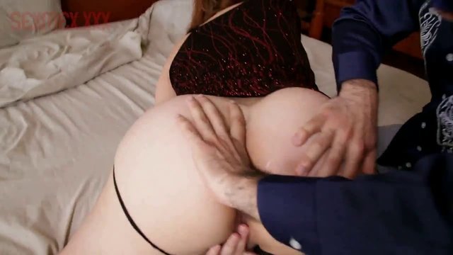 mature upskirt fuck video