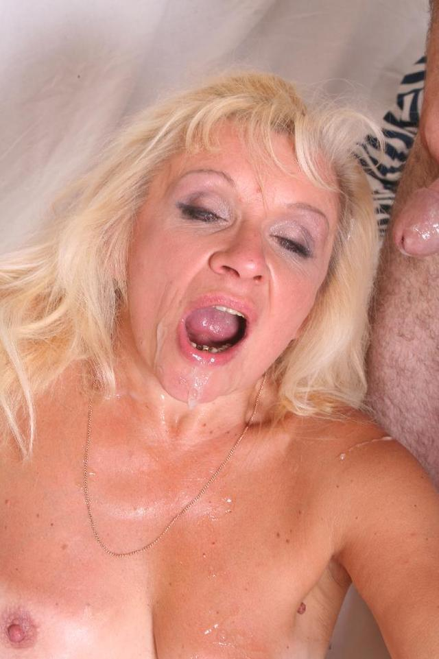 mature vagina picture mature pussy dick over huge have filled tanned bending renee coud