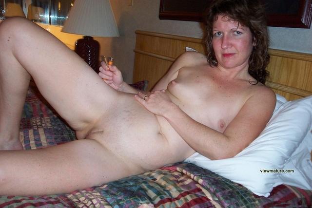 Nude mature wife