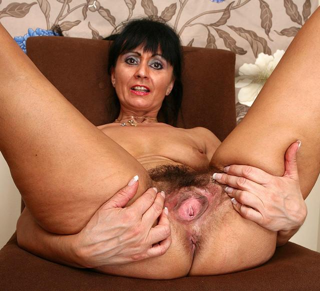 Wife brings a date home to meet her sissy husband 4