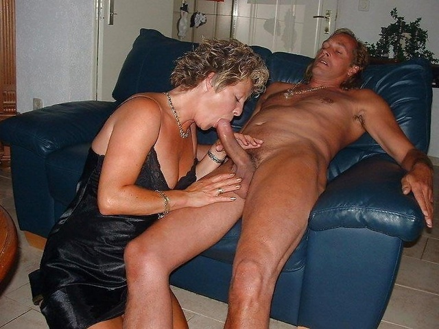 mature wives pics mature milf wives cocks sucking