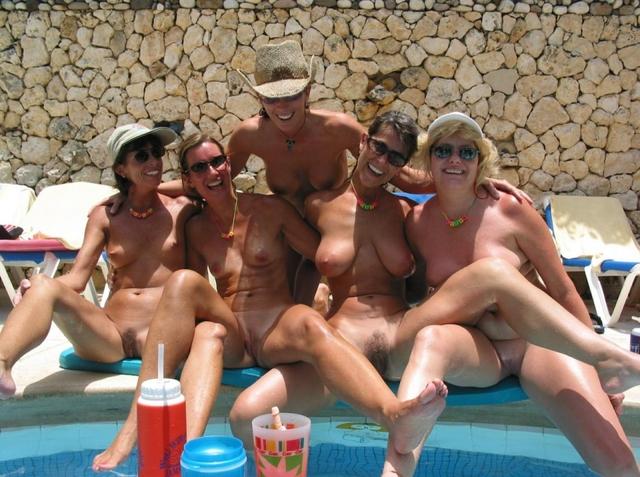 mature women nudist mature nude pics women bras nudist without
