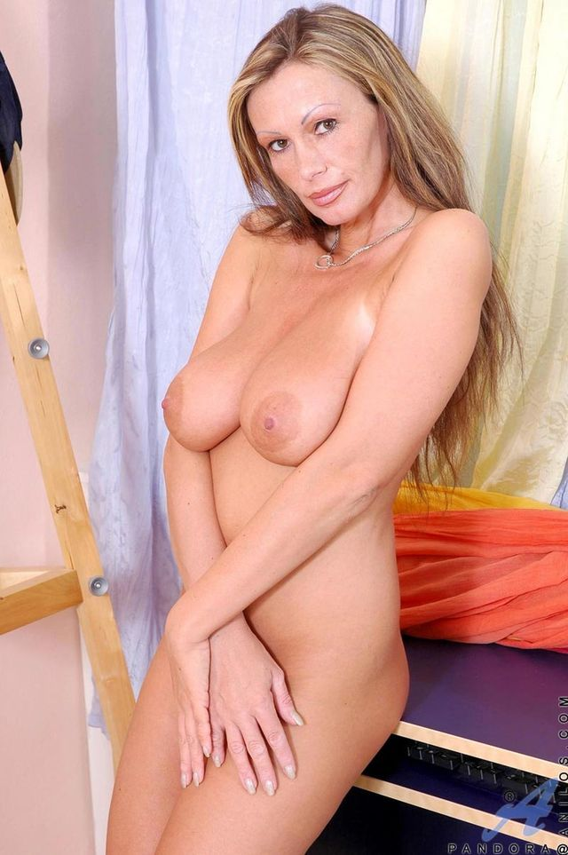 mature women of porn mature porn pics media women