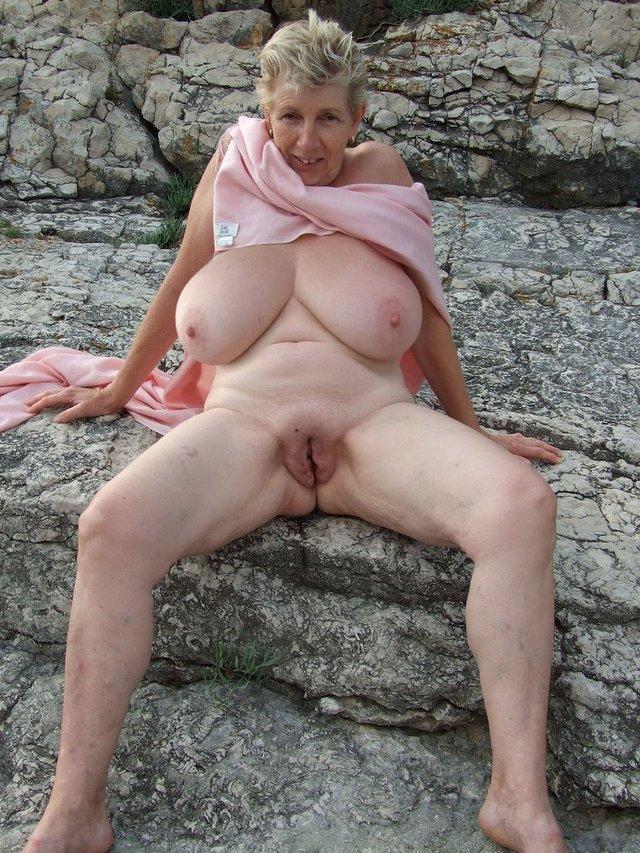 Granny mature vid gallery