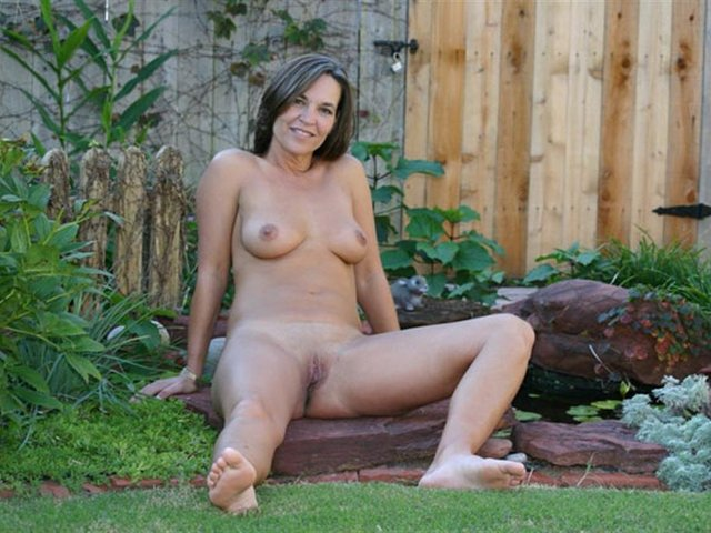 Mobile mature porn videos