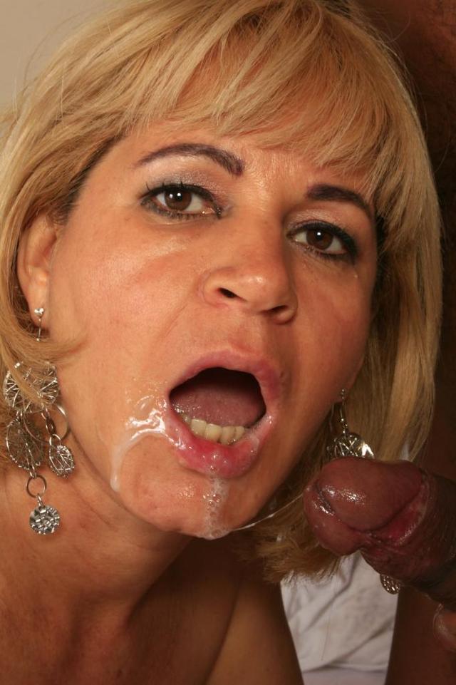 milf fuck porn pics photos mom milf interracial