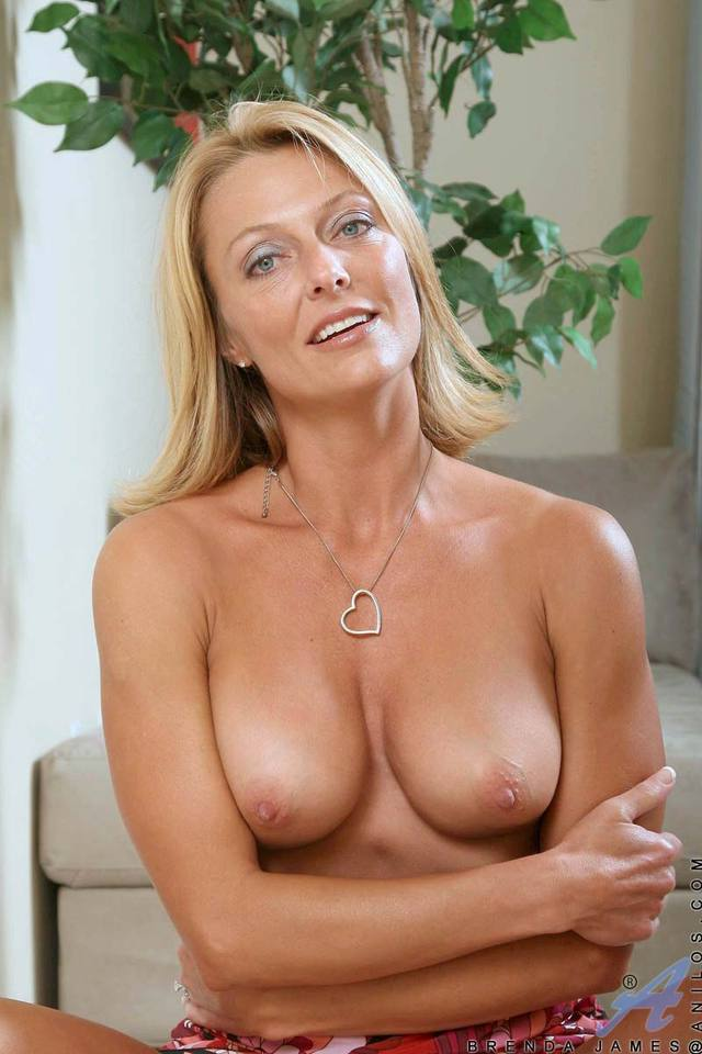milf naughty pics pussy galleries milf blonde gallery tits naughty perky pink spreads massages vpqnek vwr
