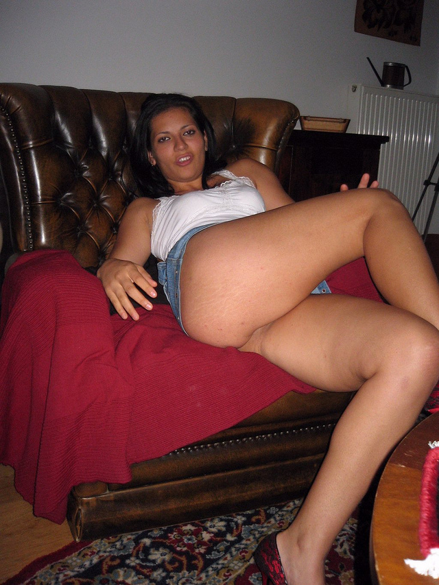 milf upskirt pictures milf hot nasty little upskirt