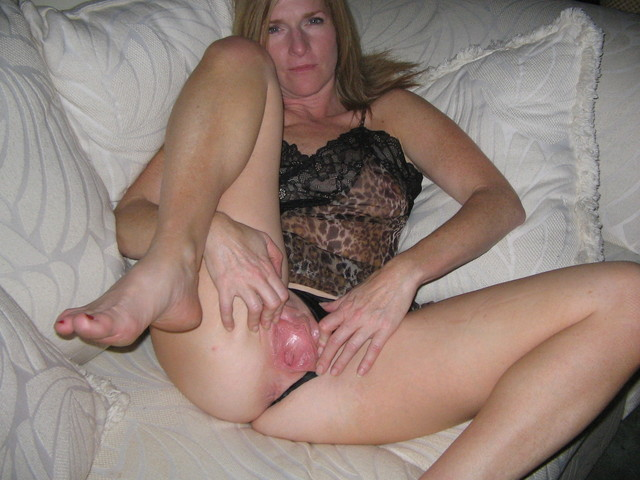 milf wife photo amateur porn open milf wife wide