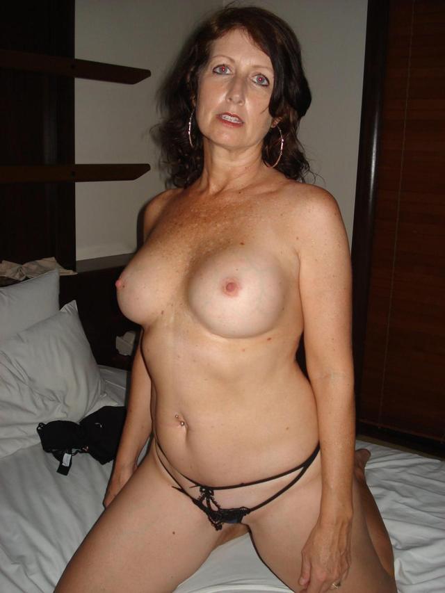 date an older woman