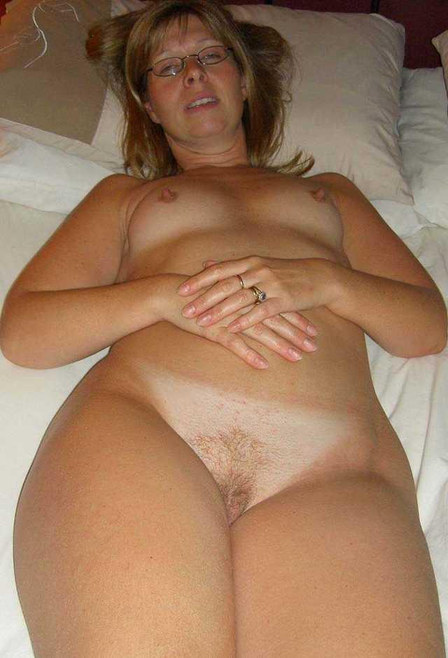 Hot chubby girl pics nude