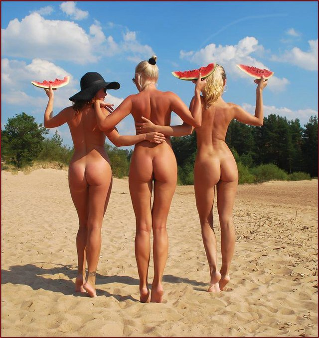 hot and naked girls