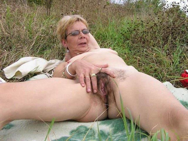 outdoor bukkake