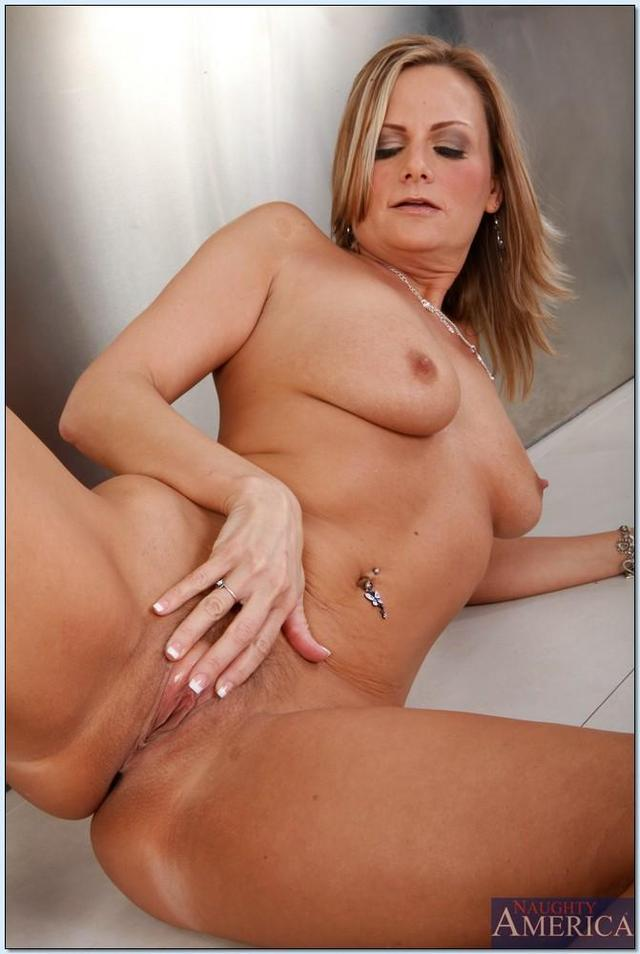 Mature 50 Yr Old Nudes