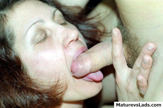 moms vagina galleries pussy cock boy moms his filling