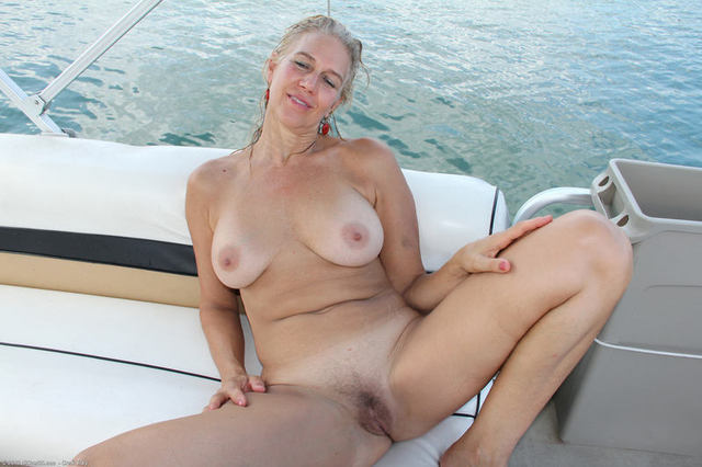Nasty Picture Galleries - AZ Gals Free porn from A to Z