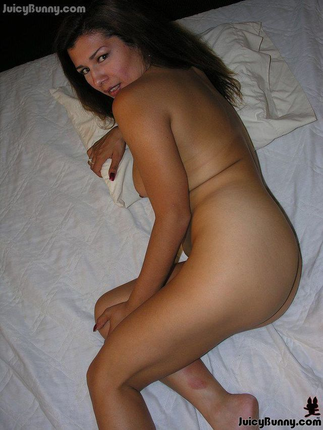 hot-mexican-moms-naked