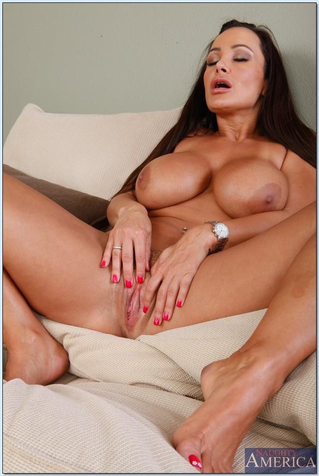 naked latina moms milf large milfs lisa feet latina showing off ann ...