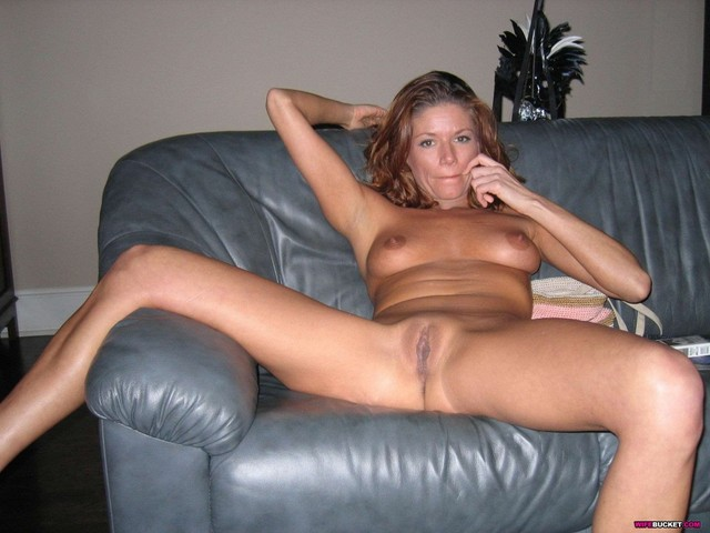 naked pictures of milfs amateur naked milfs