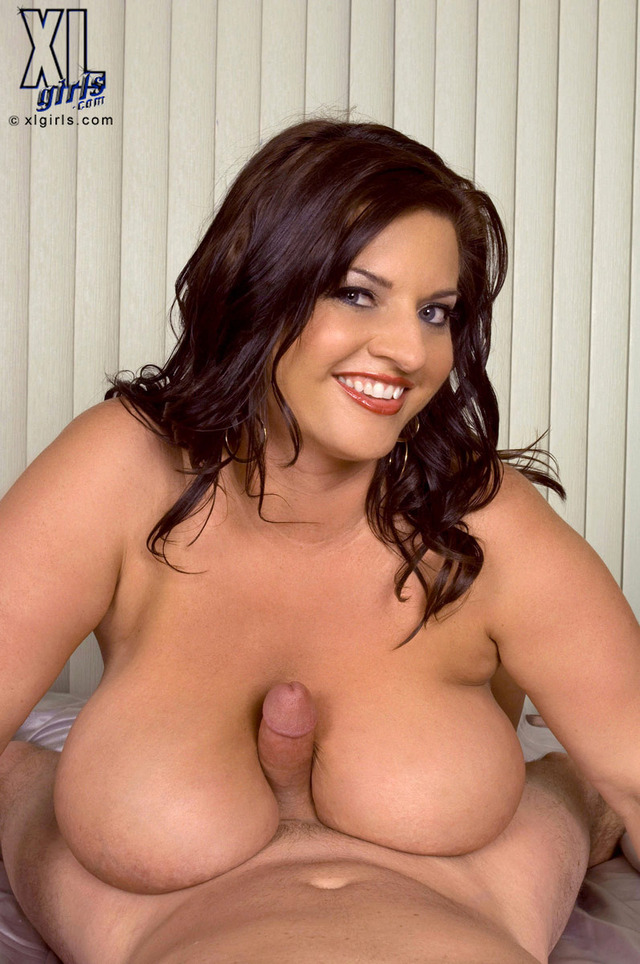 Girl model nude plus size