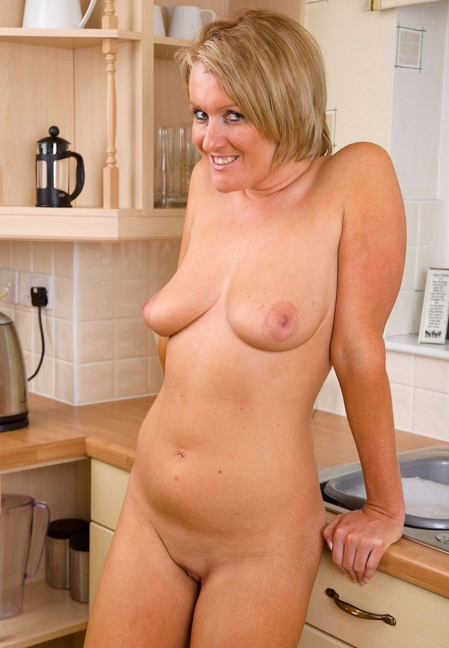 Milf gets tits oiled up