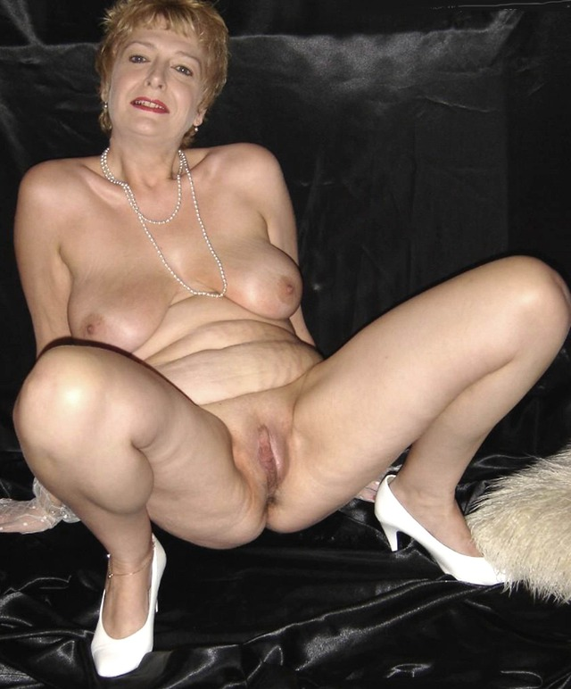 Naked granny picture galleries