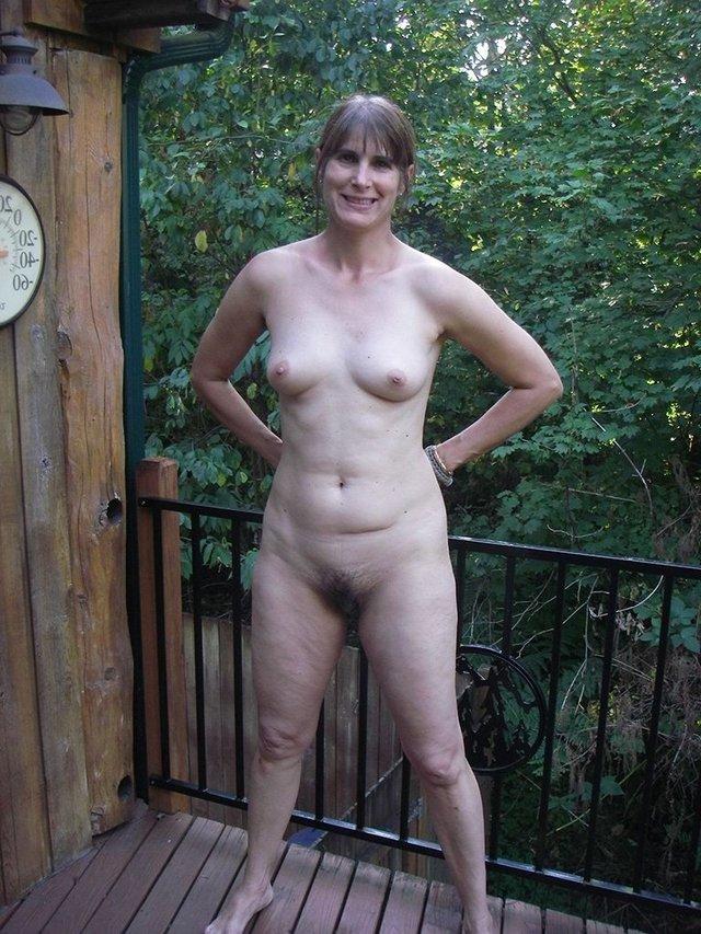 pretty asian women topless