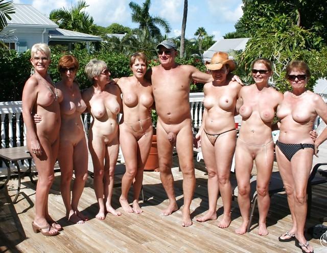 Groups Sex 33