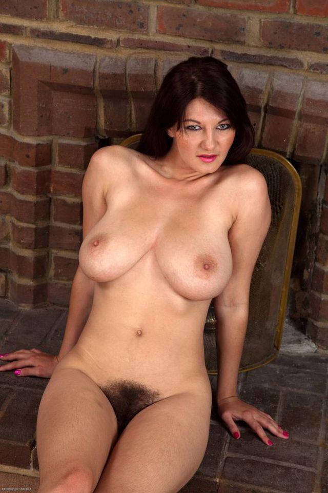 Single mom jessica ryan needs a big dick - 1 part 3