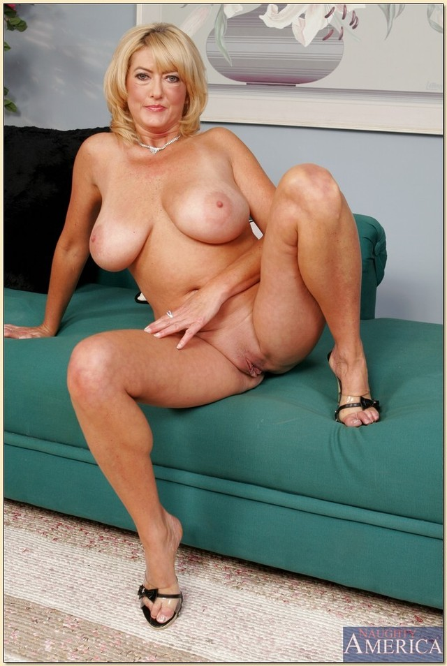 My mature wife posing nude think, that