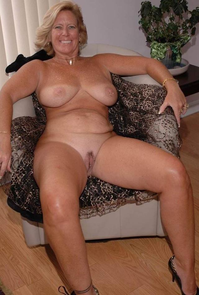 naked women bone ass