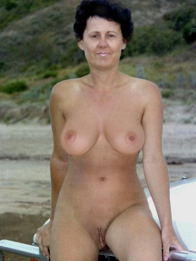 Senior nudist photos