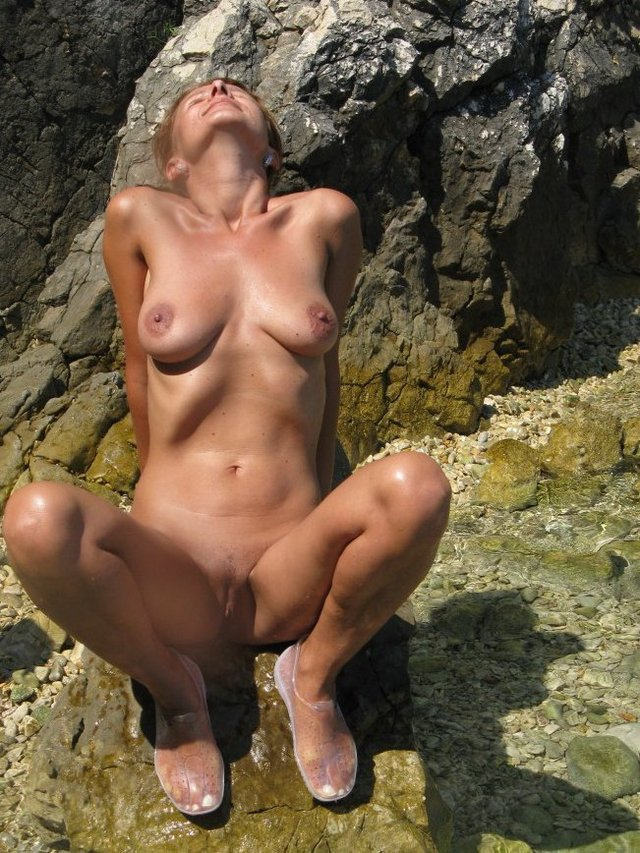 horny escorte mature