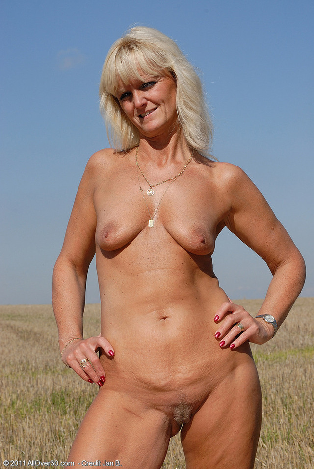 older nudist pictures page jen